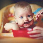 Quand commencer la diversification alimentaire de bébé ?